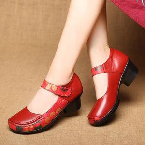 Мода Весна Толстые каблуки Женщины Насосы Натуральная Кожа Женская Обувь Женщина Высокая Повседневная Плюс Размер 41 Платье