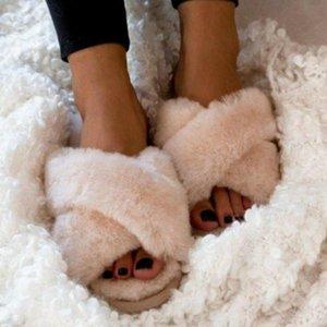 الشتاء النساء المنزل النعال الدافئة فو الفراء الأزياء والأحذية امرأة الانزلاق على الشقق مصمم السيدات فروي الإناث الشرائح