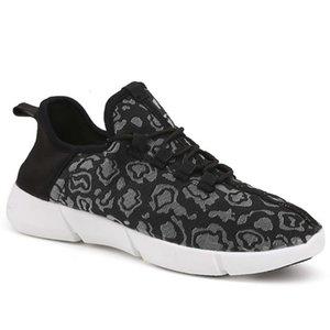 Scarpe casual XDNE Tempo libero 2021 e fibra ottica Le donne luminose da uomo usb caricatore da uomo colorato flash a led scarpe luminose coppia 3AO8