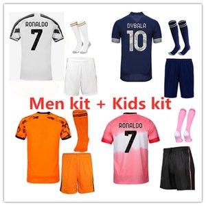 20 21 Новые Мужчины Комплект Футбол Джетки 2020/21 Взрослый Комплект Maillot de Foot Пользовательское имя и номер футбольной футболкой и короткой