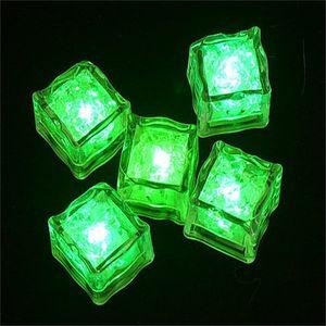 Aoto colors Mini Romantic Luminous Cube LED Artificial Ice Cube Flash LED Light Wedding Christmas Party Decoration 530 S2
