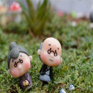 Toptan-1 Çift El Sanatları Bonsai Bebek Evi Minyatürleri DIY Eski Büyükanne Peri Bahçe Gnome Hayvanlar Yosun Teraryum Ev Masaüstü Dekor 1206 V2