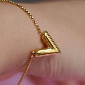 L ожерелье браслет v мода простой свет роскошный шейный браслет для отправки подруги мед роскоши дизайнеры ювелирные изделия