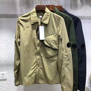 Летняя роскошная повседневная сплошная рубашка Отворачивается универсальные мужские куртки Chaopai черное орудие для автомобилей европейской и американской простой вершины