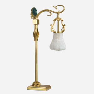 French Style Classical Desk Light Made of Bronze and Crystal European Led Table Lamp for Restaurant Hotel House