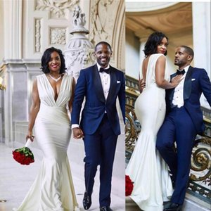 2021 Сексуальные африканские подружки невесты платья свадебные гостей носить глубокий V шеи длиной открытой задней части страна вечеринка плюс размер горничной чести