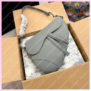 2021 Moda Saddle Bag Womens Ombro Bags Crossbody Mulheres Luxurys Designers Mochila Totes Ultramatte Calfskin Bolsas 2105181L