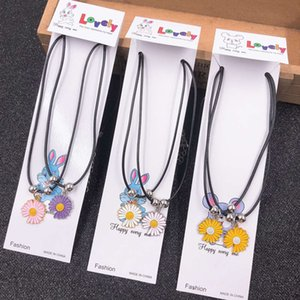 Japanese and Korean lovers' necklaces, leather rope, alloy pendants, best friend's student jewelry, 2 yuan shop