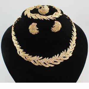 New Design 4pcs Crystal Vintage Costume Dubai African Gold Plated Fashion Rhinestone Wedding Bridal Accessories Jewelry Sets
