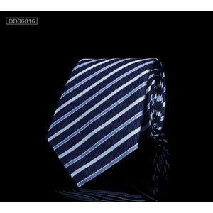 Shierxi Fashion Brand Hearted Humes Cravate Cravat De Mariage Crousel De Mariage Cravate Jacquard pour hommes Cravates à col de polyester