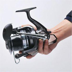 Furnning Fishing Wheel Wire Cup 13 + 1 BB بعيدا / يمين قابلة للتبديل بكرة 3000-10000 بكرات Serie Baitcasting