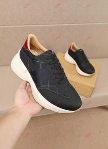 Sneakers en cuir Vintage Chaussures de designer pour hommes Chaussures de sport Femme Classic White Cuir Plateforme Couple Couple Coach Coach Dad Shoes