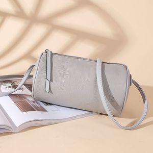 Personality Luxurys Designers Leather Women Shoulder Fashion Crossbody Cylinder Genuine 2021 Bag Purse Bucket Bags HBP Wcutt