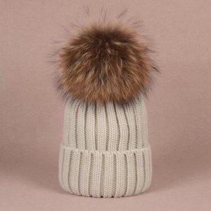 Wholesale Beanie New Winter Caps Knitted Hats Hip Hop Men gorro Bonnet Women Beanies Fur Pompoms Warm Skull Cap snapback pompon
