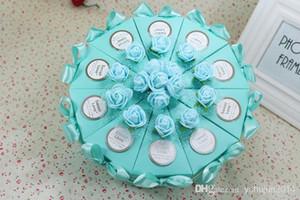 Scatole di caramella di carta di forma della torta 2015 con il nastro del bowknot del fiore per i detentori romantici dei contenitori dei contenitori di regalo del partito dei favori di nozze Trasporto libero