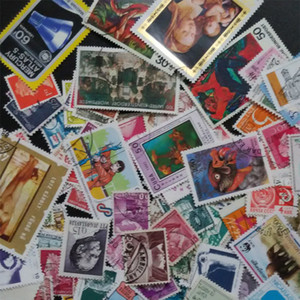 Wholesale-[GTT] Used 100 PCS, Different Rand Postage Stamps ,Off Paper, Post Stamp From many Country , buy 2 Lots ,get 200 Different