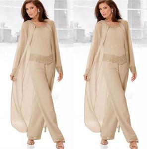 Champagne tre-parti Madre degli abiti da sposa con maniche lunghe giacche chiffon in rilievo Abiti formali 3 pezzi della mamma Pant 2020 Plus Size