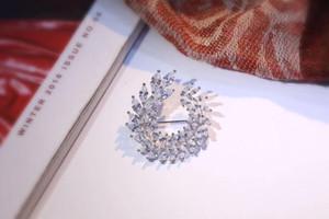Nueva joyería nupcial S925 plata esterlina Olive Design Leaf Cubic Zircon CZ broche para las mujeres de alta calidad