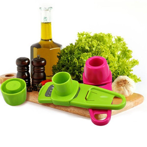 Çok fonksiyonlu Zencefil Sarımsak Basın Taşlama Grater Planya Dilimleme Mini Kesici Mutfak Pişirme Gadgets Araçları Gereçleri Aksesuarları TO278
