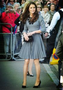 Kate Middleton Princess apliques vestido elegante manga larga vestidos plisados W588