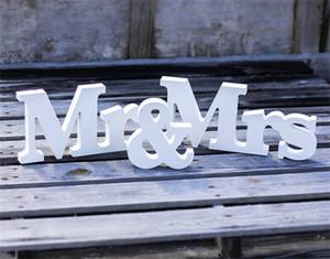 Adereços de fotografia de sinal de casamento de madeira decoração de casamentoPersonalizado senhor deputado + nome personalizado MDF placas de pé de madeira sinais de fontes de casamento