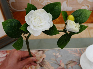"""CALIENTE Seda Gardenia 37cm / 14.57 """"Longitud Flores Artificiales Gardenias Camellia una Cabeza de Flor y un Brote por Manojo para la Pieza Central de la Boda"""