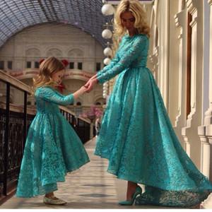 2015 Charming Teal Farbe Long Sleeves High Low Spitze Blume Mädchen Kleider Little Girls Kleider Mode Mutter Tochter Kleider