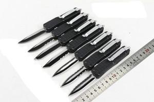 Couteaux automatiques mini D07 auto couteau Triangaur (6 style) c07 A161 3300 Chasse pliant poche couteau de pêche Couteau de survie livraison gratuite
