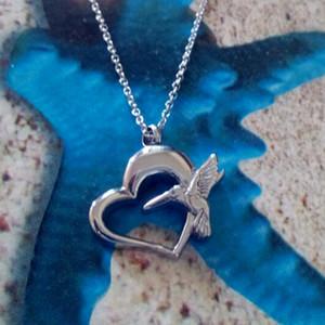 Lily Joyas de cremación Probóscide Águila Hueco Corazón Memorial Ceniza Recuerdo Collar de acero inoxidable Urna con bolsa y cadena