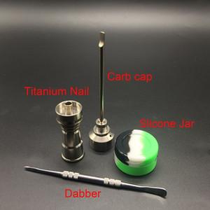 Vendita calda 14mm 18mm titanio nail + carb cap + dabber + silicone box per tubo di acqua bong tubi di vetro con maschio e femmina comune