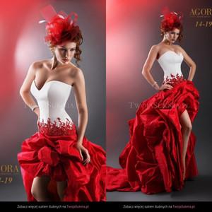 Vintage 2020 Frente vestidos de novia sin tirantes de una línea de alta baja posterior del cortocircuito largo más el tamaño Blanca y roja de la boda Vestidos Vestido de novia