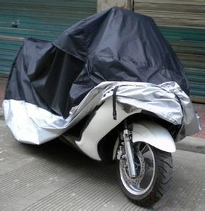 Grande taille 245 * 105 * 125cm moto revêtement imperméable anti-poussière Scooter couverture résistant aux UV lourd Bike Racing gros Cover