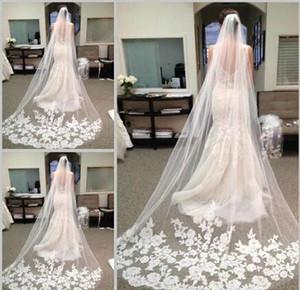 Accessoires de mariée 2015 blanco marfil hermosa catedral long del borde del cordón Mariage el velo peine nupciale