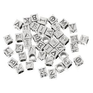 Estilo Europeu Charme Beads Cube Antique Prata Em Aleatório Alfabeto / Carta Padrão 7.0mm x 7.0mm, Buraco 4.9mm, 100 PCs novo