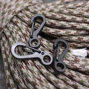 1 Paket von 4 STÜCKE Hohe Qualität Durable Schwarz Edelstahl Schlüsselbund Schwarz Schnalle Karabiner Clip Split Ring Federclip