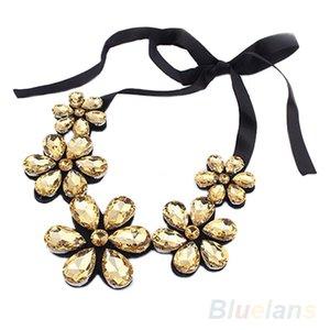 Atacado-New Fashion requintado Flower Ribbon Gem Petals encantadora colar Bib Colar de jóias itens 1E2E