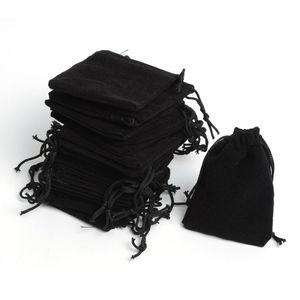 Bolsas de alta calidad Envío de la gota 200pcs / Lot 5 * 7cm Black Retail Jewelry Velvet Gift Packaging Bags Bolsas de joyería, Bolsas de regalo para fiestas Venta caliente
