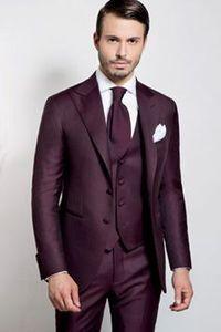 Yeni Geliş Damat smokin Burhundy Groomsmen Tepe Yaka Best Man Suit / Damat / Düğün / Gelinlik / Akşam takımları (Ceket + Pantolon + Kravat + Yelek) K590