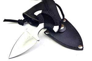 version cuir carte corde en acier à froid Couteau cadeau Couteau de chasse Couteau de poche D2 1pcs Livraison gratuite