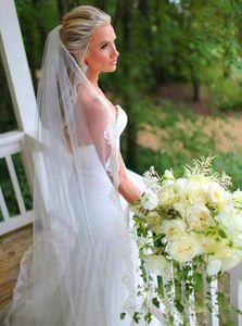 Tek Katmanlı Uzun Düğün Peçe ile Tam Dantel Kenar Yeni Şapel Gelin Veil Tarak Düğün Aksesuarları T-48