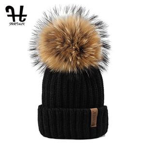 Al por mayor-Furtalk punto Real Sombrero de Piel 100% real de piel de mapache Pom Pom Hat Winter Women Gorro de sombrero para mujeres