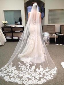 Envío libre de boda de lujo real imagen Velos de tres metro velos de encaje apliques catedral cristales Longitud velo de novia barato