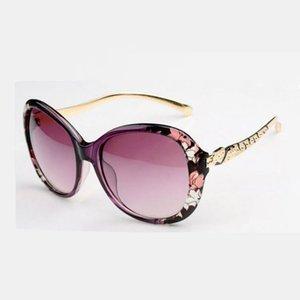 Kadınlar Için klasik Kelebek Güneş Gözlüğü Boy Çiçek Çerçeve Alaşım Tapınak Womens UV400 Tasarımcı Gözlük Gafas de Sol de Moda