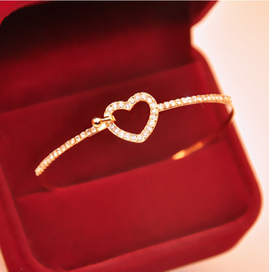 Gioielli di moda wish_team Bling Bling Crystal Bangle scava fuori amore cuore braccialetti semplice fibbia fascini belli braccialetto W708