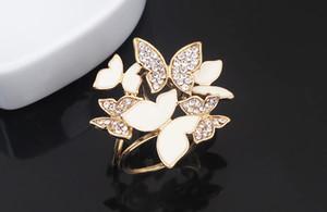 Art und Weise Gold überzogene TwoColors Charm Strass Schmetterling Schal Schnalle Brosche Frauen Accessoires