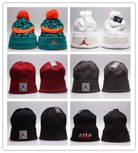 Cappelli lavorati a maglia caldi invernali economici Beanie Tutti i 32 team baseball calcio basket berretti squadra sportiva Donna Uomo cappello invernale moda popolare DHL