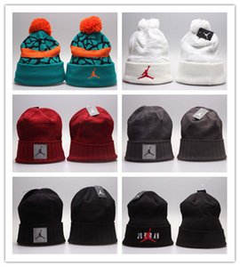Cheap hot winter Beanie Knitted Hats Los 32 equipos béisbol fútbol baloncesto gorros equipo deportivo Mujeres Hombres moda popular sombrero de invierno DHL