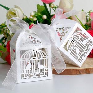 2015 Livraison Gratuite 50PCS / lots Découpé Au Laser Cage À Oiseaux Boîte De Faveur De Mariage dans une boîte de papier blanc Nacré, boîte de faveur du parti spectacle
