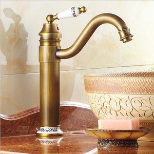 Envío libre de cobre amarillo antiguo del fregadero de cocina de porcelana Baño Cuenca grifo de latón mezclador grifo giratorio de bronce antiguo Acabado Taps A-F013