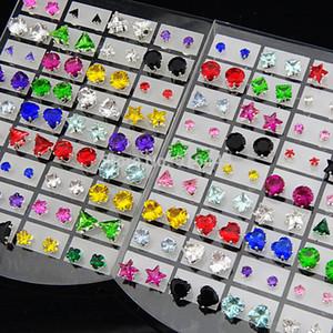 144pcs 도매 쥬얼리 믹스 하트 스타 라운드 광장 큐빅 지르코니아 스테인레스 스틸 패션 스터드 귀걸이 여성 망에 대한
